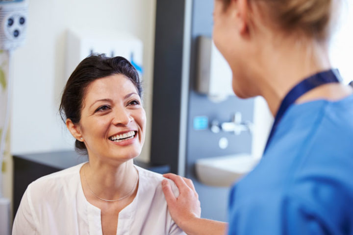 libatkan pasien untuk mengembangkan klinik